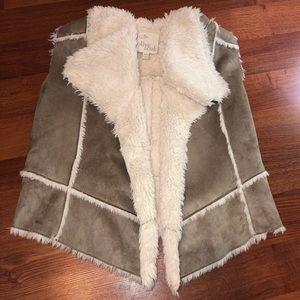 Olive & Oak Faux Shearling Vest